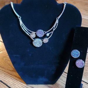 Jewelry - 🍁Druzy quartz necklace and earring set🍁